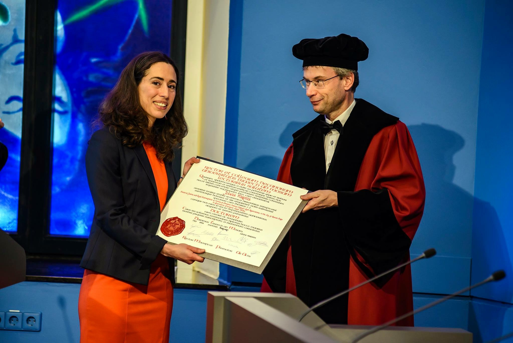 Doctoral thesis in law