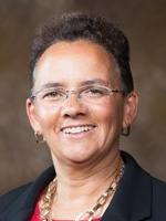 Portrait photo of Professor Lisa Avalos