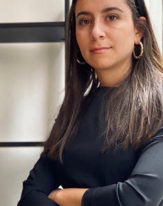 Portrait photo of Sara Vono